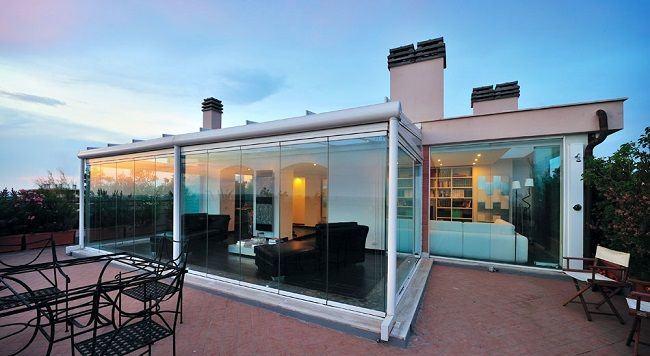 Cierre de terraza interior y el efecto de las cortinas de - Como cubrir una terraza ...
