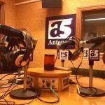 Antena 5 radio denuncian que Vía radio ocupa un lugar no dial que non lles corresponde