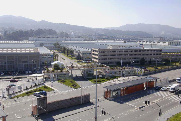 O alcalde, satisfeito pola compra de Opel por PSA, pois reforza a automoción en Vigo