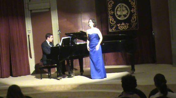 """Entrevista a Marta de Castro, la soprano viguesa encargada de inaugurar el I Festival """"Jueves Clásicos de Vigo"""""""