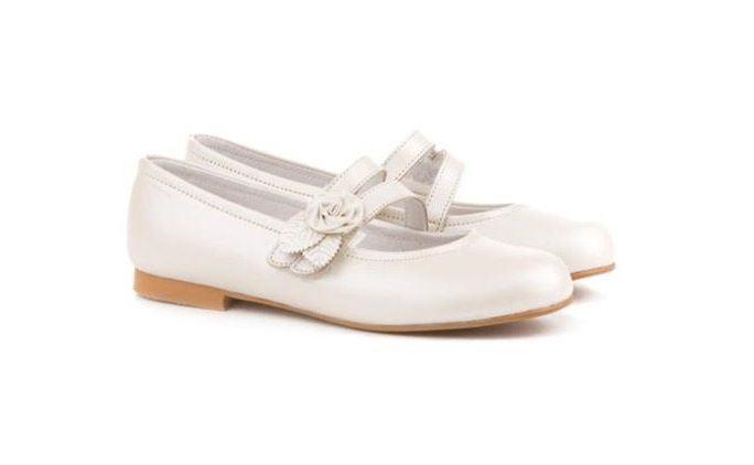 Consejos a la hora de elegir los zapatos de comunión de tu hija
