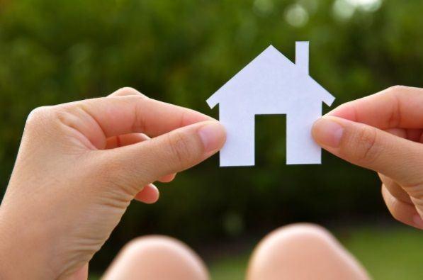La línea de microcréditos avalados y al 0% de interés para el pago del alquiler de vivienda habitual ya está plenamente disponible