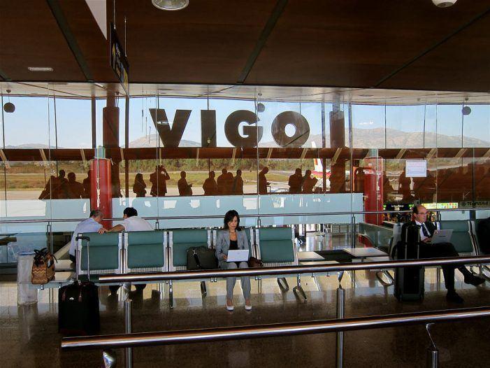 """O rexedor celebra o """"gran obxectivo"""" do millón de pasaxeiros e garante o mantemento dos apoios ao aeroporto"""