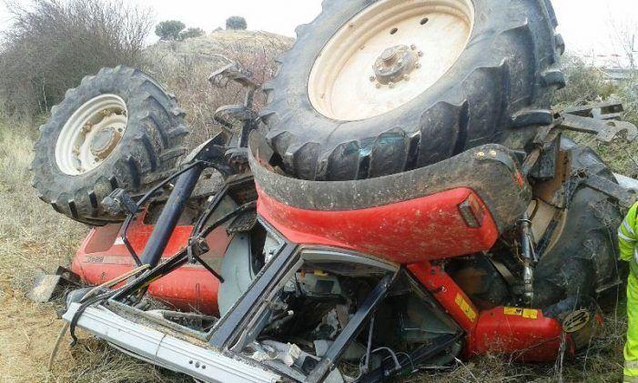 Evacuada en helicóptero unha persoa ferida despois que o tractor que manexaba sufrise unha avaría en Lobios
