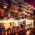 Todo lo que necesitas para abrir un bar