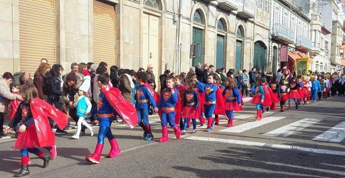 O Entroido guardés culminou cun divertido desfile tras cinco días de foliada