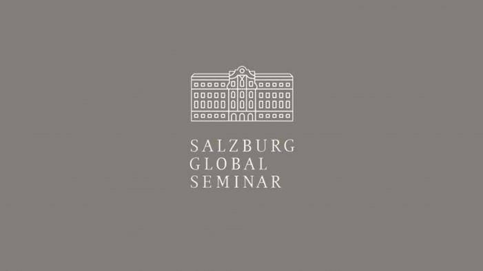Lores participa no Salzburg Global Seminar, interesado na Pontevedra cidade dos nenos e nenas