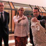 """Carmela Silva fai un canto """"á cantería como profesión de futuro"""" na inauguración en Vigo da exposición """"Nado en Pedra. Formas e Figuras"""""""