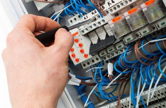 Praza oficial electricista no concello de Bueu: Lugar, data e hora realización proba teórica