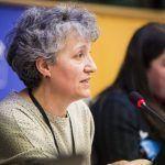 """Senra denuncia as consecuencias que lexislar """"por e para as multinacionais"""" ten nas mulleres a nivel global"""