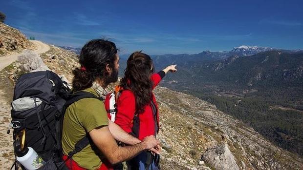 Conecta o GPS para facilitar a localización en caso que saias de sendeirismo