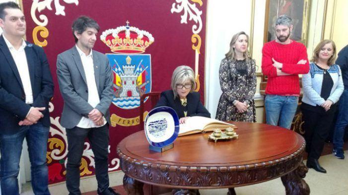 """Julia Otero: """"Recibir o Premio Couso é unha responsabilidade polo nome e polo compromiso moral que conleva"""""""