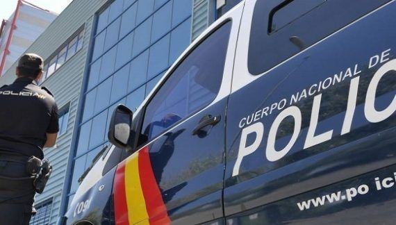 """La Policía Nacional detiene a seis personas especializadas en """"vuelcos"""" a narcos"""
