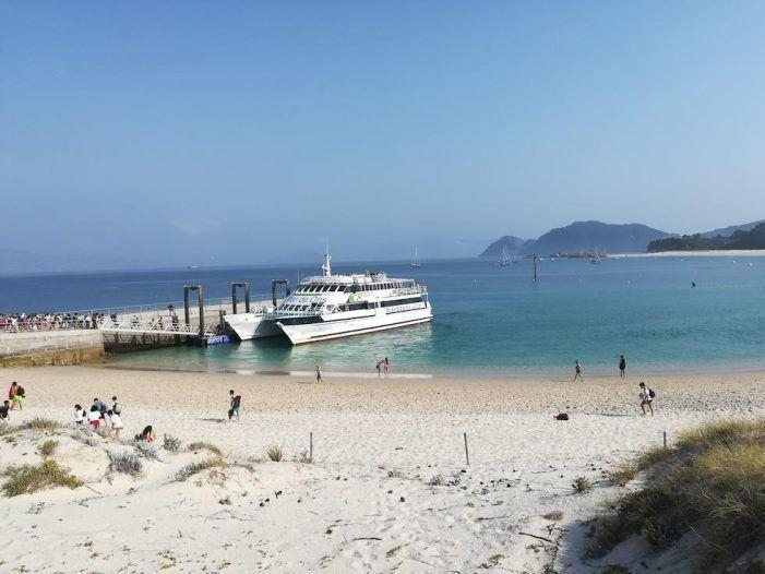 Mar de Ons amplía al domingo su servicio especial para ver las Perseidas desde el mar