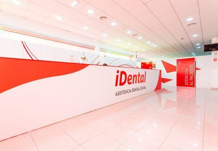 FACUA pide a Montón cambios legales para proteger a los usuarios frente a cierres de clínicas dentales