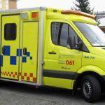 Dous feridos, un deles atrapado, ao caer por un terraplén o vehículo co que circulaban en Rois