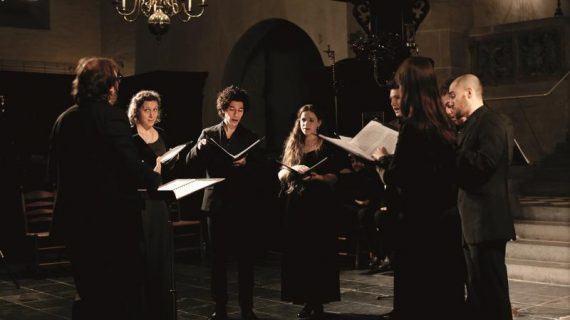 O concerto do grupo Capella Sancta Maria na ex-colexiata de Baiona, nova proposta de espazos sonoros 2018