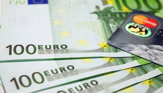 Recomiendan evitar el endeudamiento excesivo y no recurrir a los microcréditos