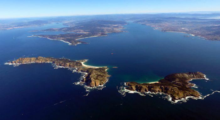 Urbano Lugrís e o Parque Nacional das Illas Atlánticas pechan o ciclo 'Monumenta, andar con arte' deste 2018