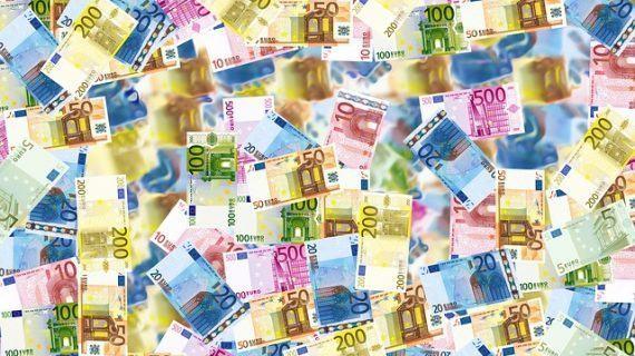 Detectalia garantiza la seguridad de cobros ante billetes falsos
