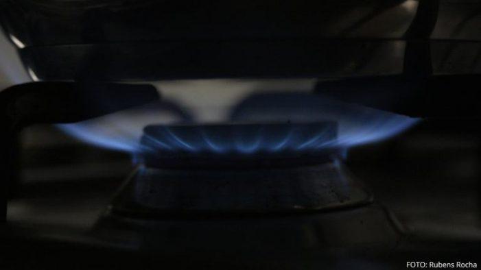 Feníe, Repsol y Lucera tienen las tarifas más caras de gas natural, según el último análisis de FACUA