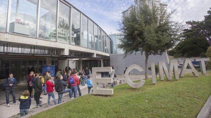 Ciencia Singular achega o día a día do CIM a máis de 400 persoas