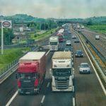 ¿Cómo actuar ante los adelantamientos entre camiones?