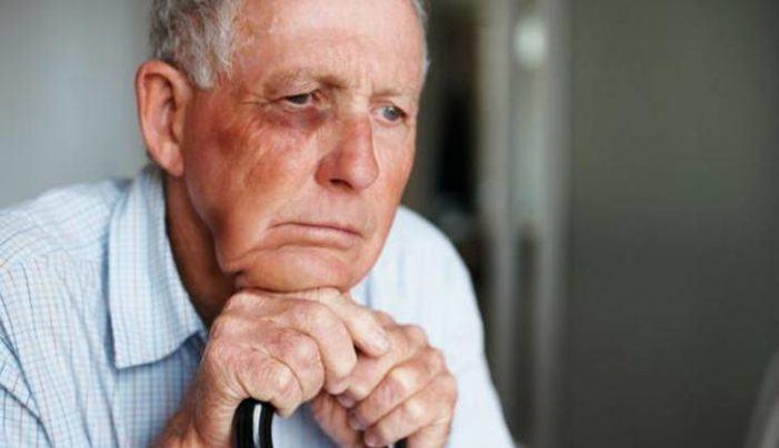 España envellece e segue sen responder as necesidades de coidados das persoas maiores
