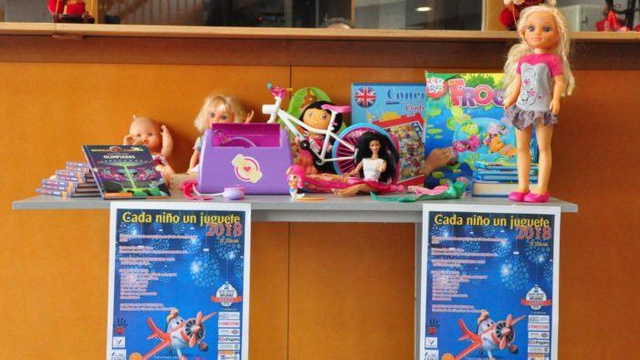 A Universidade súmase, por quinto ano consecutivo, á campaña 'Cada niño, un juguete'