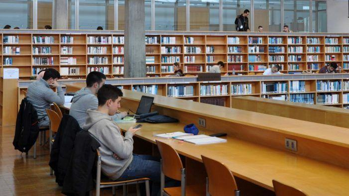Na procura de silencio, tranquilidade e motivación para afrontar os exames de xaneiro da universidade de Vigo