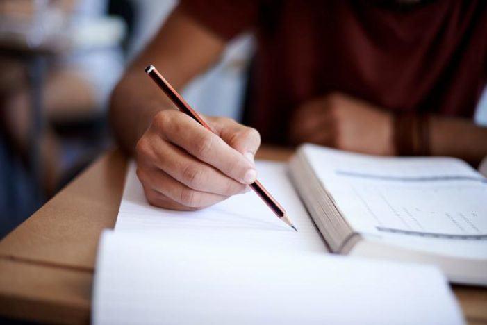 Educación destina 110.000 euros a axudas para estudantes universitarios con dificultades económicas por causas sobrevidas