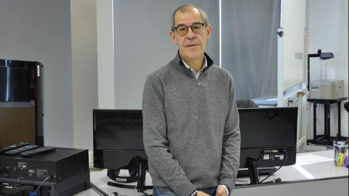 Sen candidaturas para substituír a Luis Alonso á fronte da Facultade de Filoloxía e Tradución