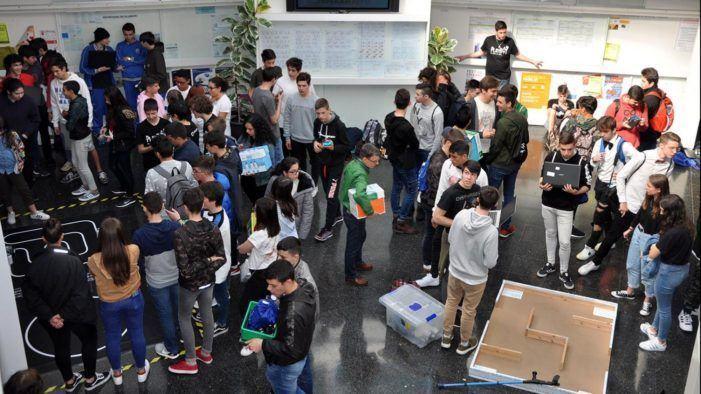 A Competición de Robots da Escola de Enxeñería Industrial acadará a súa 5ª edición superados os 3000 participantes