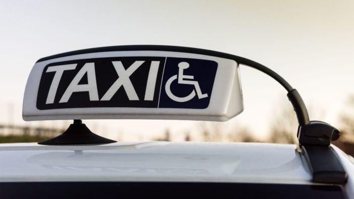 Abrirán mañá o prazo para solicitar axudas para a adquisición de taxis adaptados a persoas con mobilidade reducida, cun investimento de 250.000 euros