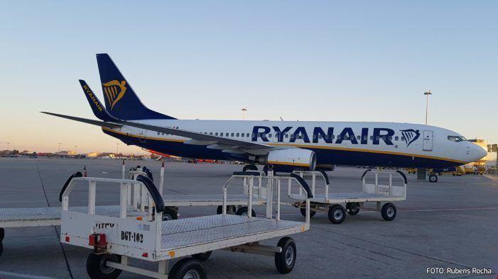 FACUA pide a la AESA que sancione a Ryanair por dificultar el reembolso de los vuelos cancelados