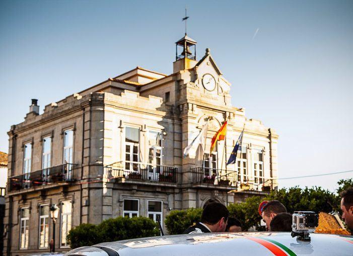 Ethel Vázquez trasládalle ao alcalde de Gondomar que antes do vindeiro verán os menores de 21 anos do municipio poderán viaxar gratis no autobús interurbano coa tarxeta 'Xente Nova'