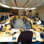 13 Colectivos evidencian ante a CE a conivencia política presente nos proxectos que atacan á saúde humana e medioambiental na Galiza