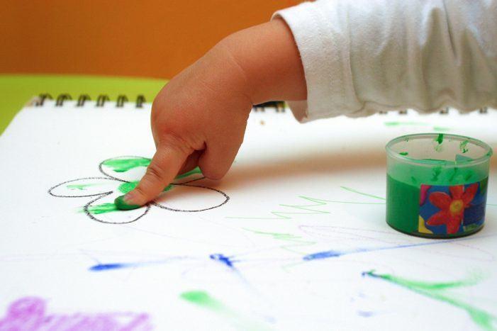 A Xunta abre o prazo de matrícula nas escolas infantís da rede autonómica da Galiña Azul e nas prazas concertadas para o vindeiro curso 2019/20