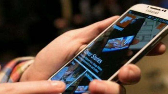 Comparan as tarifas móbiles con chamadas ilimitadas de 19 compañías