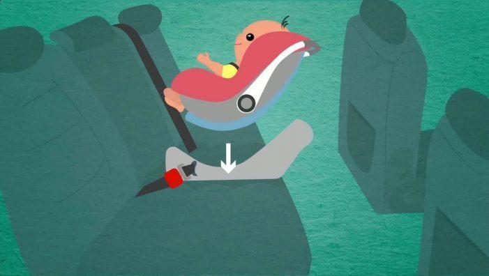 Advirten fallos de seguridade en dous modelos de cadeiras de coche para nenos
