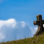 ¿Cuánto cuesta hoy día enterrar o incinerar a alguien?