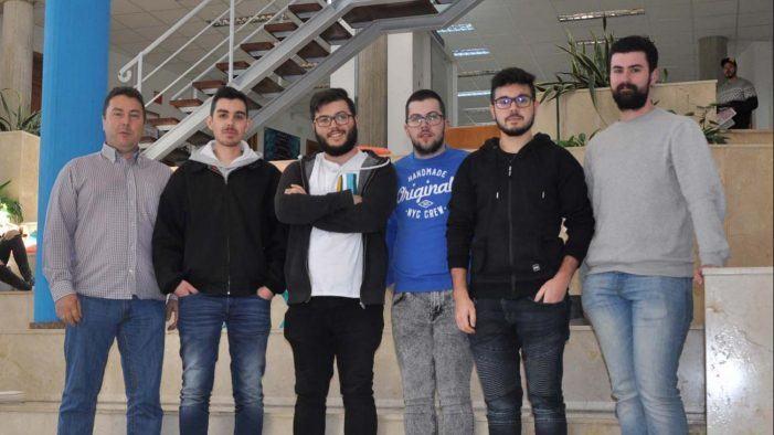 Unha plataforma virtual para a aprendizaxe de rapaces con necesidades especiais sitúa a cinco estudantes da Universidade na final do Vodafone Campus Lab