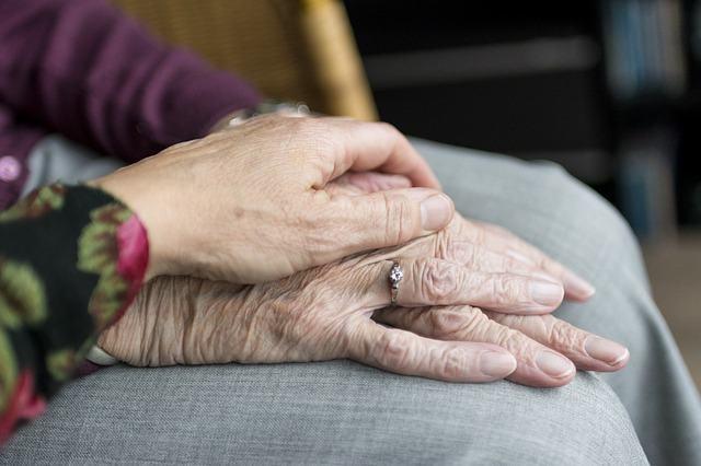Ventajas del cuidado de personas mayores por parte de expertos