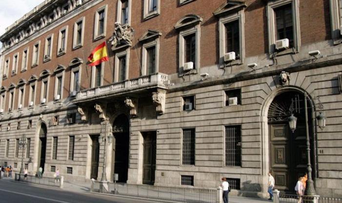 Hacienda aprueba el reparto de 6.000 millones del primer tramo del Fondo COVID-19 para las comunidades autónomas