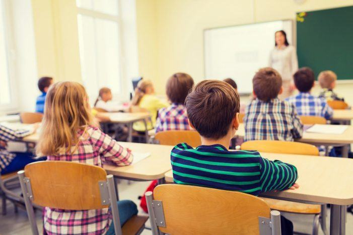 Sindicatos de ensino non acoden ao Consello Escolar de Galiza pola ausencia de negociación da Consellaría