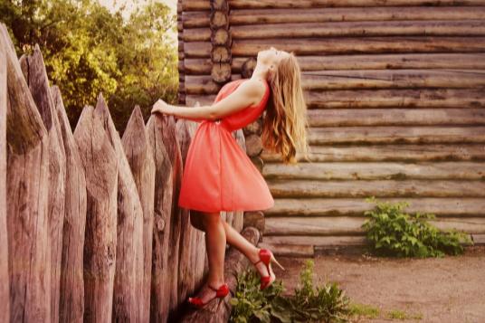 Elige el vestido perfecto y cómpralo por Internet