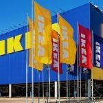 Identifican que Ikea cobra un suplemento de 9 € en la compra de su tienda física