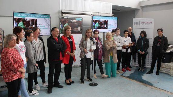 """Carmela Silva pon en valor o """"relevante papel das Achegas das Mulleres á sustentabilidade do mar"""" na inauguración da mostra na lonxa de Cesantes"""