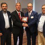 José Ignacio Armesto recibe en Madrid o premio anual da asociación ISA España