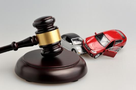 Accidentes de tráfico: la valiosa ayuda de un abogado especializado